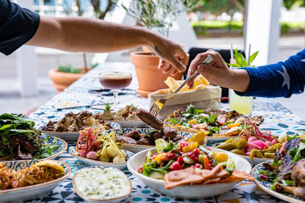 Lebanese food mezze style