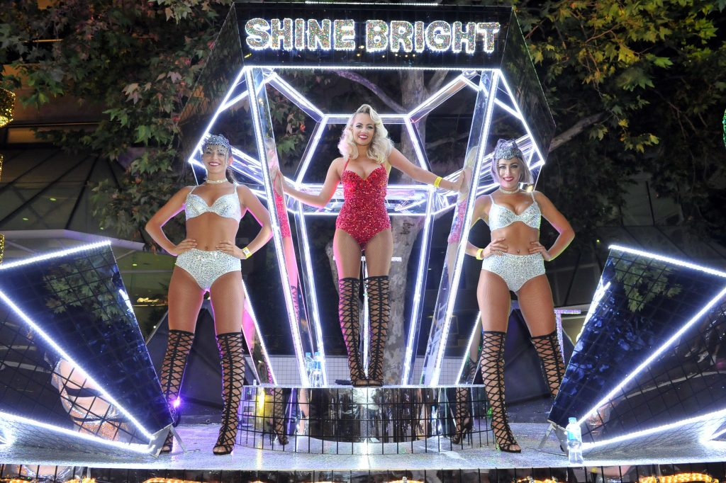 Samantha Jade joins The Star in the 2016 Mardi Gras parade