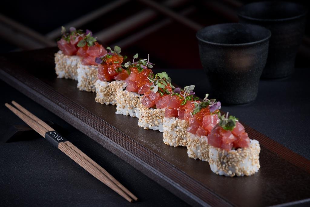 Spicy tuna rolls at Sokyo